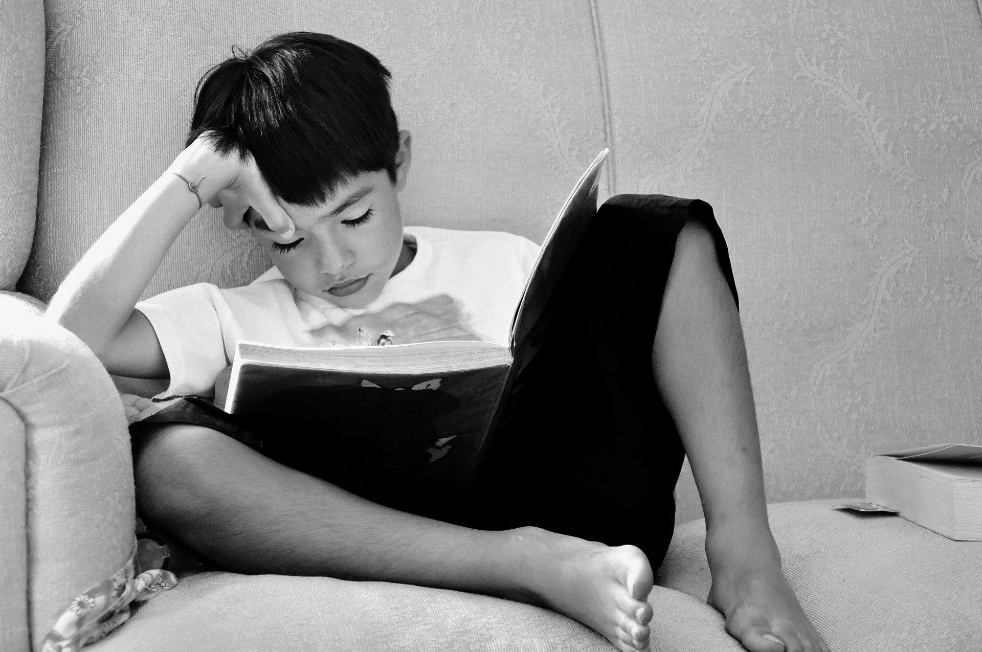 consigli per stimolare il piacere di leggere